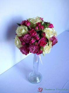 Bukiet ślubny różowo-biały.