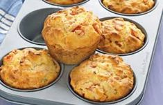 Ham and pineapple muffins - Make a batch of these more-ish muffins to keep in the freezer so that you never have to worry about school lunches again. Muffin Recipes, Breakfast Recipes, Snack Recipes, Cooking Recipes, Pineapple Muffins, Beignets, Savoury Cake, Cupcakes, Greek Recipes
