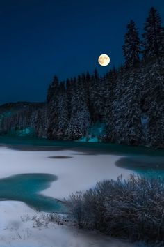 Frozen lake and Moon --- by Tore H.