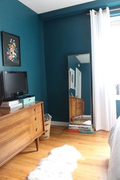 Mid Century Moody Bedroom: The Reveal 2019 Design Evolving Mid Century Moody Bedroom: The Reveal Design Evolving The post Mid Century Moody Bedroom: The Reveal 2019 appeared first on Curtains Diy. Turquoise Bedroom Walls, Bedroom Colors, Dark Teal Bedroom, Baby Room Decor, Home Decor Bedroom, Rustic Bedroom Design, Mid Century Bedroom, Big Bedrooms, Rustic Bedrooms