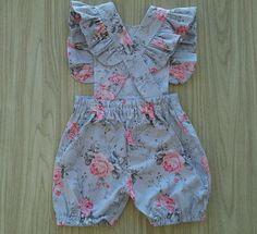 African Dresses For Kids, Dresses Kids Girl, Little Girl Outfits, Toddler Outfits, Kids Outfits, Baby Frocks Designs, Kids Frocks Design, Baby Dress Design, Baby Dress Patterns