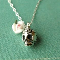 Dulce Muerte Skull and White Rose Necklace great by luxedeluxe