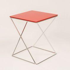 Diseño de mesas para todos los espacios, inspírate y cambia tu mesa decorativa. Tenemos varios colores, formas y materiales visita www.lumoliving.com #LumoLiving