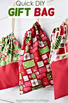 Diy Gift Bag – In Minutes! See how to make a diy gift bag – in minutes! These will become your favorite Christmas gift bags. This easy Christmas gift pouch can be used for all your handmade Christmas gifts, and they are so quick to sew! Check it out now! Handmade Christmas Gifts, Christmas Bags, Simple Christmas, Easy Handmade Gifts, Christmas Tables, Nordic Christmas, Modern Christmas, Christmas Stockings, Easy Sewing Projects