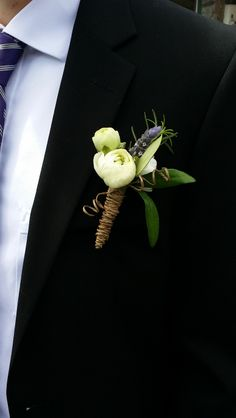 Boutonnieres can be fun too!!!
