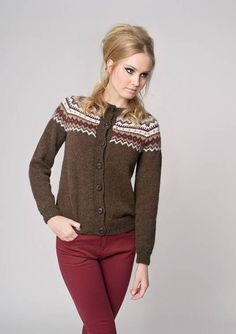 """""""Nordkapp"""" kofte, """"Nordkapp"""" kofte...,  #kofte #Nordkapp #strikkingRestegarn Nordic Pullover, Nordic Sweater, Cardigan Design, Yarn Projects, Finger Weights, Ikon, Cowl Neck, Mittens, Knitting Patterns"""
