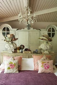 The relaxing and romantic tone from the shabby chic style causes it to be a well known option for bedrooms. White shabby chic furniture is usually best Vintage Girls Rooms, Vintage Room, Bedroom Vintage, Shabby Vintage, Vintage Country, Vintage Decor, Shabby Chic Bedrooms, Shabby Chic Furniture, Bohemian Bedrooms