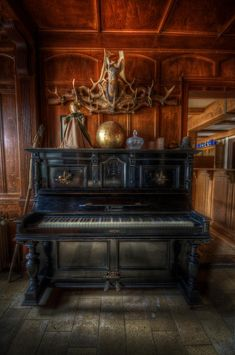 Hotel Piano by Nathan Wright Abandoned Houses, Abandoned Places, Piano Crafts, Black Forest Germany, Victorian Parlor, Old Mansions, Urban Decay, Antiques, Keys