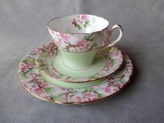FABULOUS SHELLEY CUP AND SAUCER TRIO - MAYTIME - t2