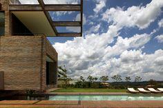 Descubrimiento de la semana 35: Piscina en Sao Paulo, Brazil. #pool #piscina #incrediblepool #architecture #swimmingpool #saopaulo
