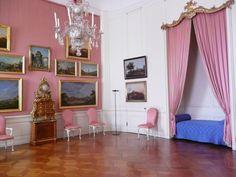 Gästezimmer im Schloss Sanssouci in Potsdam - aufgenommen und gepinnt vom Immobilien Büro in Hannover Makler arthax-immobilien.de