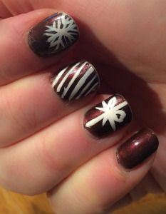 Christmas nail art! Simple and classy