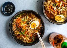Easy Homemade Ramen Bowls #Ramen #soup #Asian #Japanesefood #homemade #easyrecipes #noodles #ramenbowl #comfortfood Best Ramen Recipe, Ramen Recipes, Vegetarian Recipes, Healthy Recipes, Healthy Food, Healthy Options, Chicken Recipes, Cooking Recipes, Homemade Ramen
