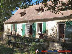 Ne cherchez plus un achat immobilier au fort potentiel entre particuliers, il est tout trouvé grâce à cette maison située à Anglars-Nozac dans le Lot http://www.partenaire-europeen.fr/Actualites-Conseils/Achat-Vente-entre-particuliers/Immobilier-maisons-a-decouvrir/Maisons-entre-particuliers-en-Midi-Pyrenees/Achat-immobilier-particulier-Lot-Anglars-Nozac-maison-20140925 #maison