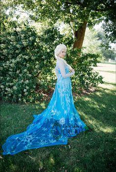 Elsa Character, Birthday Parties, Disney Characters, Fictional Characters, Disney Princess, Anniversary Parties, Birthday Celebrations, Fantasy Characters, Disney Princesses