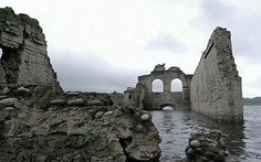 Video: 16th century Mexican church re-emerges from underwater - Telegraph