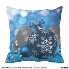 Dekoratives blaues Weihnachtskissen Zierkissen