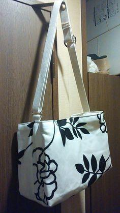 超簡単!ちょっと大きめお洒落なショルダーバッグの作り方 バッグ ファッション小物 ハンドメイド   アトリエ