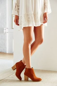 short suede boots are perfect for transitioning between seasons
