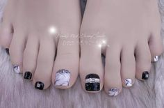 Móng chân Pedicure Designs, Pedicure Nail Art, Toe Nail Designs, Nail Polish Designs, Toe Nail Art, Pretty Toe Nails, Cute Toe Nails, Pretty Toes, Uñas Jamberry