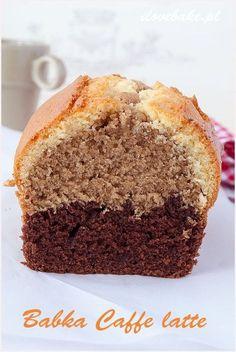 babka caffe latte dobra w smaku Polish Desserts, Polish Recipes, Just Desserts, Gourmet Recipes, Sweet Recipes, Cake Recipes, Babka Recipe, Sweet Bread, Coffee Cake