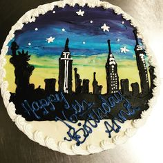 New York City Skyline cake Young Adults, New York City, Birthday Cake, Skyline, Teen, Cakes, Birthday Cakes, New York, Pastries