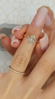 Cute Engagement Rings, Oval Solitaire Engagement Ring, Engagement Ring Settings, Solitaire Setting, Minimalistic Engagement Ring, Solitaire Rings, Rectangle Engagement Rings, 1 Carat Engagement Rings, Different Engagement Rings
