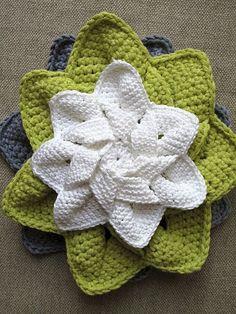 flower hotpad - free pattern!..... #crochet_inspiration ......