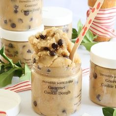 Gourmet Toasted Cookie Dough in a Jar Christmas Food Gifts, Homemade Christmas Gifts, Christmas Desserts, Christmas Baking, Diy Christmas, Christmas Baskets, Christmas Parties, Holiday Foods, Xmas