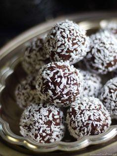 No-Bake Brownie Bites via @audreysnowe