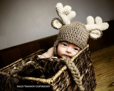 Oh Deer Me!!! This hat is way cute! Size Chart Approximates: Newborn (up to about 3 weeks old): 13 circumference & 5 tall 0-3 Months:
