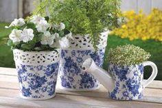 Super cute Delfty pots :)
