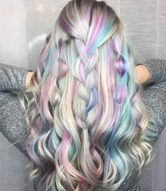 Holographic hair - the hottest new hair color trend Hair Color Purple, Cool Hair Color, Pink Hair, Unicorn Hair Color, Purple Highlights Blonde Hair, Blonde Hair With Color, Exotic Hair Color, Green Hair, White Hair