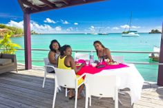 Dodgy Dock located on the sea side of the Caribbean Sea. Enjoy international dishes and Caribbean food and drinks.