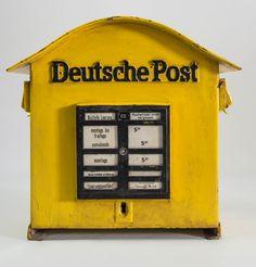 """DDR Museum - Museum: Objektdatenbank - """"Briefkasten"""" Copyright: DDR Museum, Berlin. Eine kommerzielle Nutzung des Bildes ist nicht erlaubt, but feel free to repin it!"""