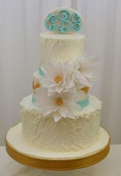 Rustic cake with Wafer Paper Flowers