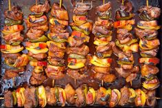 Kung Pao Chicken, Sausage, Bacon, Meat, Vegetables, Ethnic Recipes, Food, Pokemon, Gastronomia