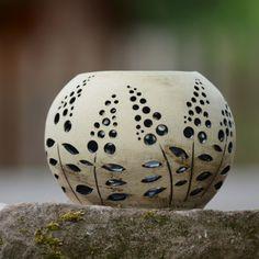 "Kameninové zahradní světlo \""Kyprej 2\""- Natura Plastic Bottle Crafts, Plastic Bottles, Ceramic Birds, Gourd Art, Handmade Pottery, Clay Crafts, Gourds, Garden Sculpture, Decoration"