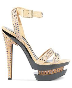 Jessica Simpson. Oh my lord, someone punch me in the throat, these are FABULOUS!!!!!