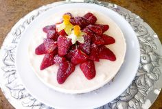 Sweets for my Sweet - a baking diary Frozen Cheesecake, Catering Business, Sweet Tooth, Strawberry, Sweets, Baking, Fruit, Food, Goodies