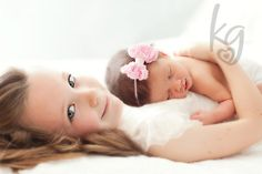 Newborn photography, sisters sister photography, newborn and sibling picture,