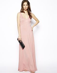 Glamorous Maxi Dress with Flowing Skirt