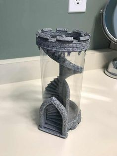 This is a dice tower for rolling dice. Tabletop Rpg, Tabletop Games, Dice Tower, Dnd Funny, Dungeons And Dragons Memes, Dragon Memes, 3d Prints, Cool Inventions, Pen And Paper