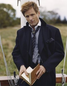 Viggo Mortensen - actor, poet, publisher - renaissance man