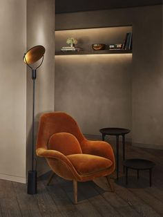 modern interior design Check out the Swoon Chair in Furniture, Lounge Seating from Fredericia Furniture for . Soho Hotel, Diy Interior, Modern Interior Design, Interior Decorating, Decorating Ideas, Orange Interior, Masculine Interior, Decor Ideas, Room Interior