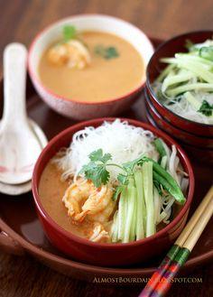 Nyonya laksa - prawn and noodle soup