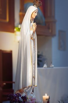 Blessed Mother Mary, Blessed Virgin Mary, Mother Mary Pictures, Famous Catholics, Catholic Diocese, Virgin Mary Statue, Images Of Mary, Roman Catholic, Statues