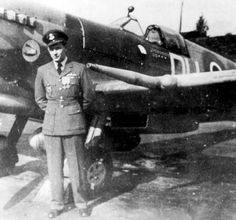 Otto Smik-Slovák supplying (Bratislava), among the best RAF fighter pilots, this week marks the 70. the anniversary of his death, in Zwolle (the Netherlands), in 28.11.1944. Fighter ace, an amazing man and man, the flying bomb V1 trembled before him.A deep reverence for him. Cienfuegos, Westland Whirlwind, Plane Photos, Supermarine Spitfire, Battle Of Britain, Fighter Pilot, Modern History, Royal Air Force, Luftwaffe