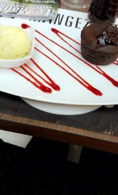 Fondant au chocolat et glace vanille