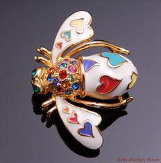 Joan Rivers Lots of Love Enameled Hearts Rhinestone Bee Pin w/ Box #JoanRivers